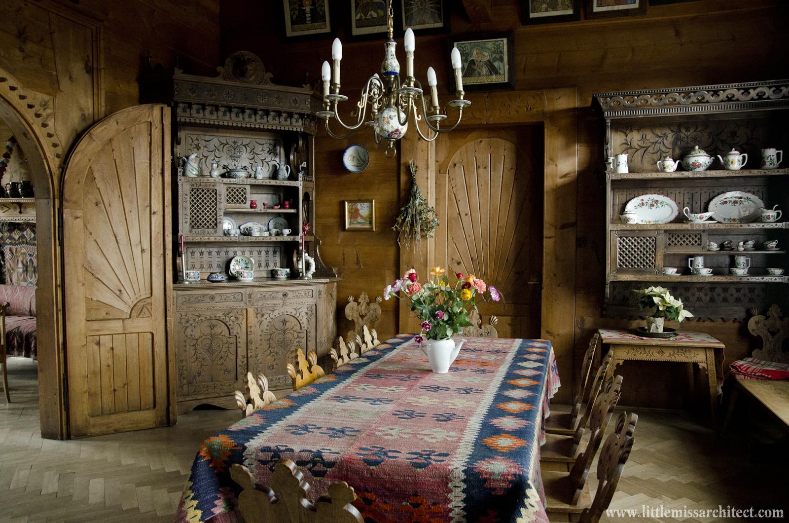 wnętrza w stylu zakopiańskim. Domu pod Jedlami, www.architektnaszpilkach.pl