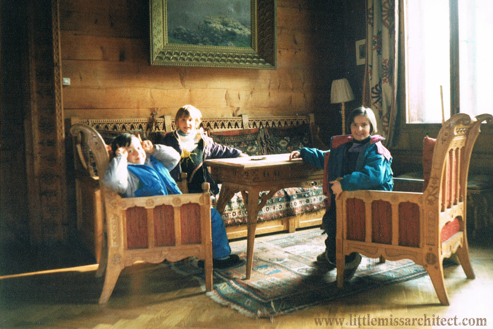 meble dębowe w stylu zakopiańskim, Dom pod Jedlami