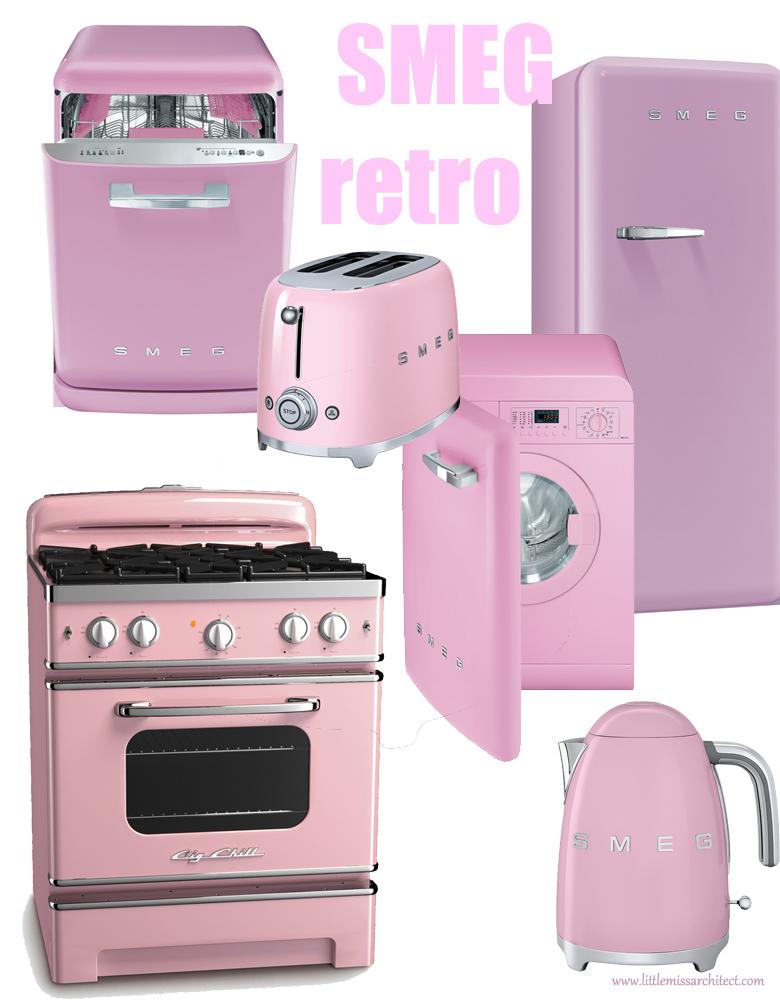 kuchnia vintage, kuchnia lata 60, różowa kuchnia, różowe sprzęty kuchenne
