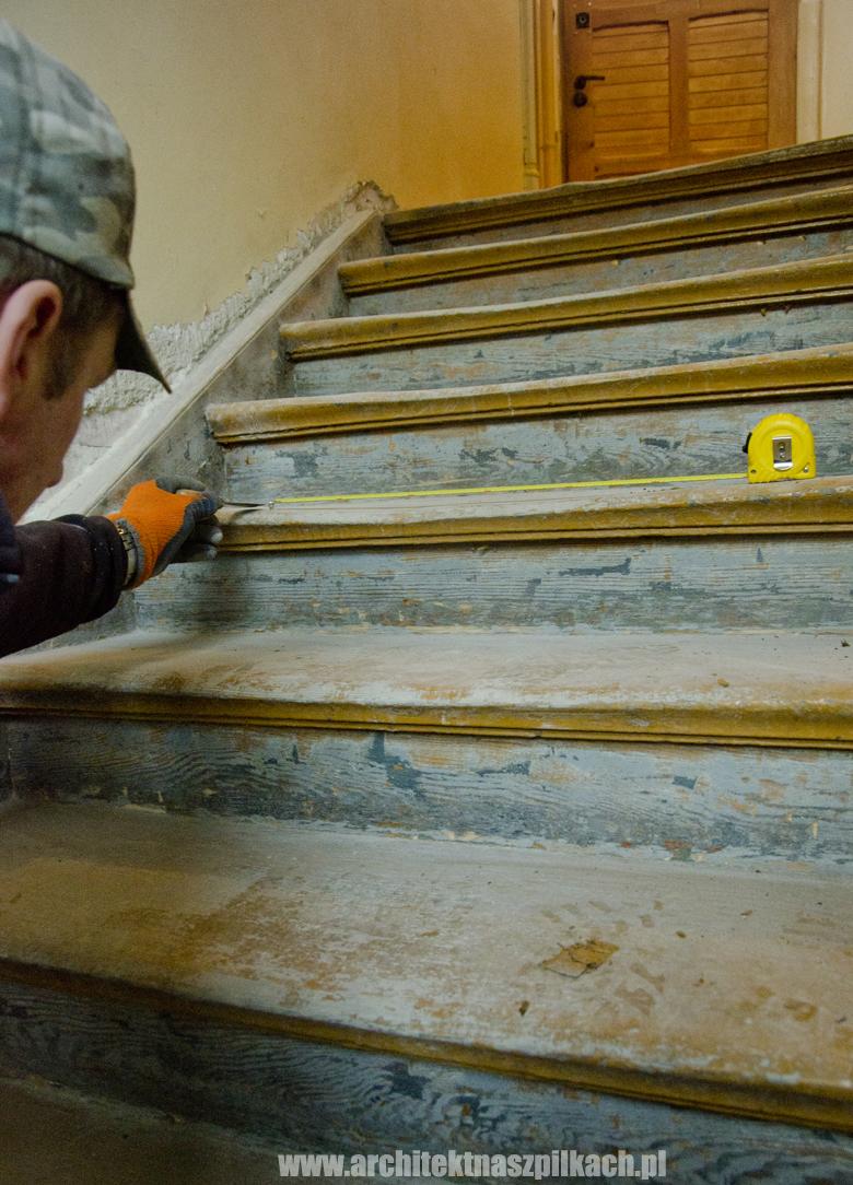 odnawianie starych schodów