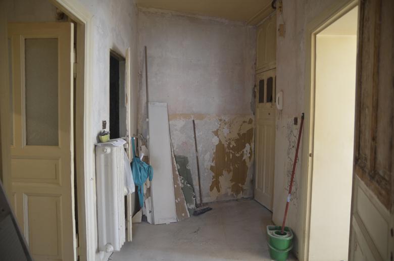 Renowacja drewnianych drzwi krok po kroku