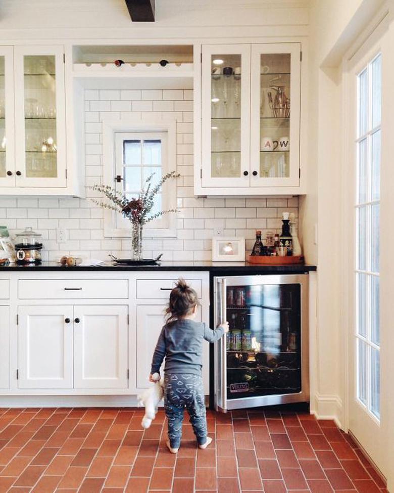 podłoga klinkierowa w kuchni