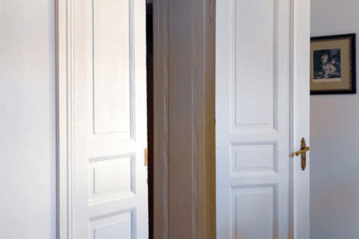 Renowacja drewnianych drzwi krok po kroku | PORADY ARCHITEKTA